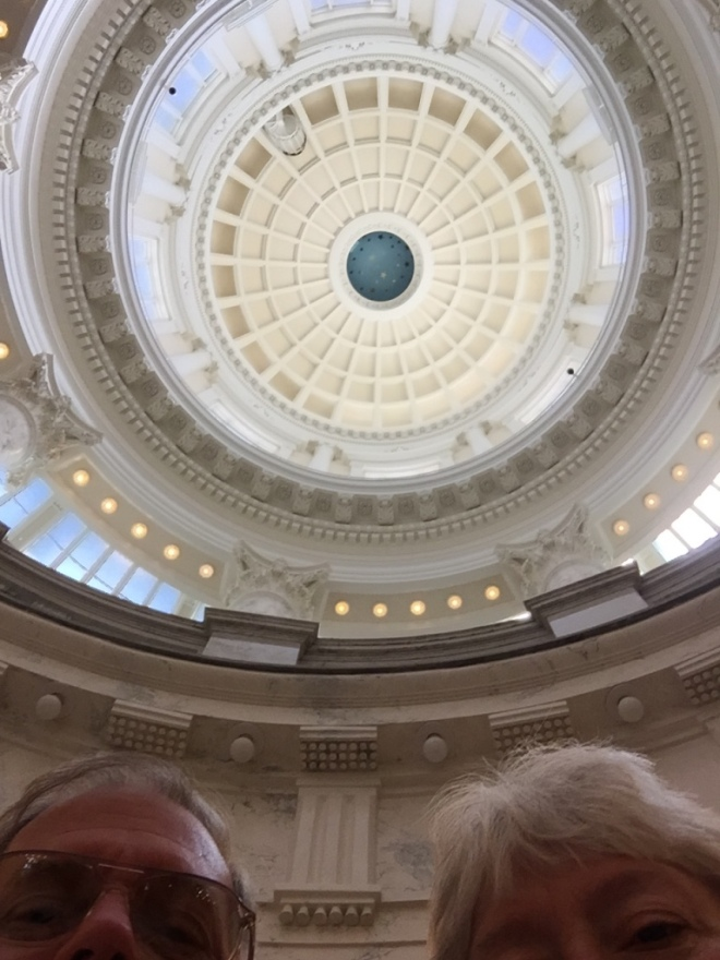 Capitol Dome Tourists
